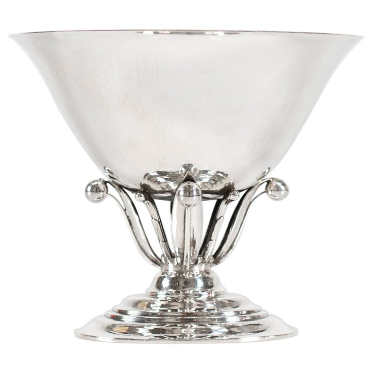 Georg Jensen Sterling Silver Handcrafted Footed Bowl No 6 by Johan Rohde For Sale