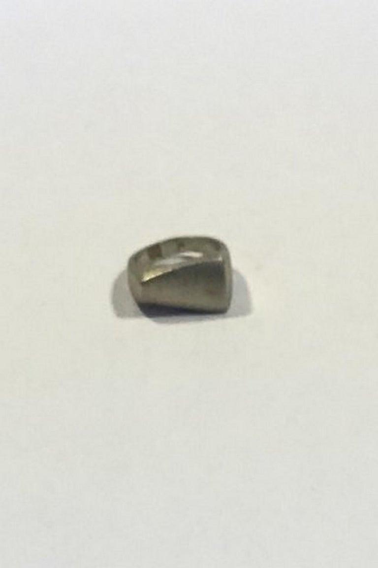 Georg Jensen Sterling Silver Ring No 141 In Good Condition For Sale In Copenhagen, DK