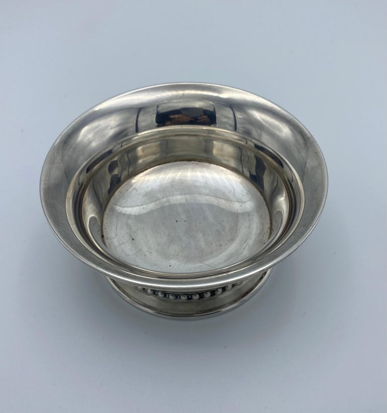 Georg Jensen Sterling Silver Small Dish Bowl, #520 In Good Condition In Beverly Hills, CA