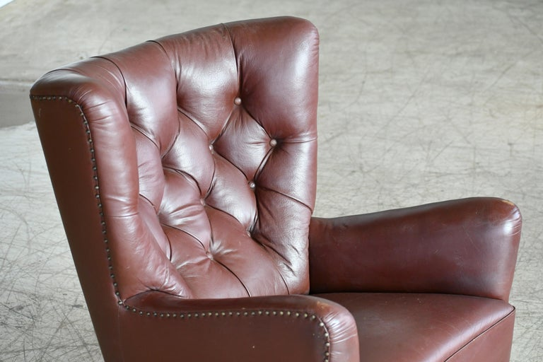 Georg Kofoed Attributed Danish 1940s Lounge Chair in Tufted Brown Leather For Sale 3