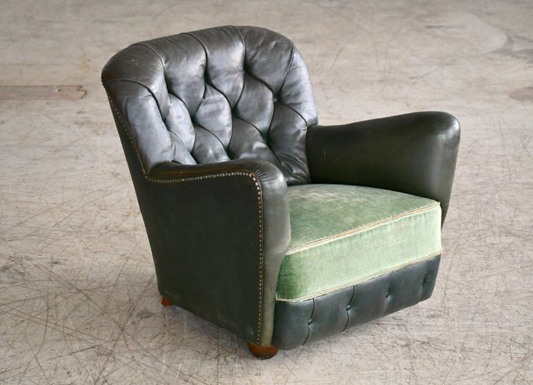 Mid-Century Modern Georg Kofoed Attributed Danish 1940s Lounge Chair in Tufted Dark Green Leather For Sale