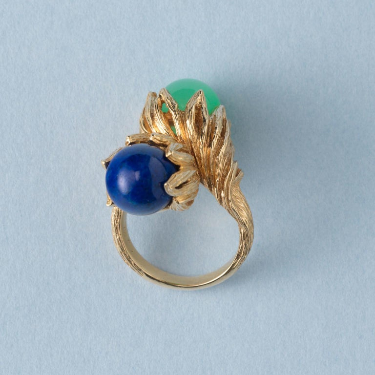 Georg Lauer 18 Carat Gold, Lapis and Calcedony 'Toi et Moi' Ring In Excellent Condition In Amsterdam, NL