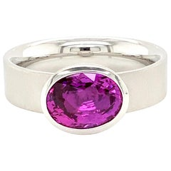 Georg Spreng - Solo Ring Platinum 950 with Oval Natural Pink Sapphire Ceylon