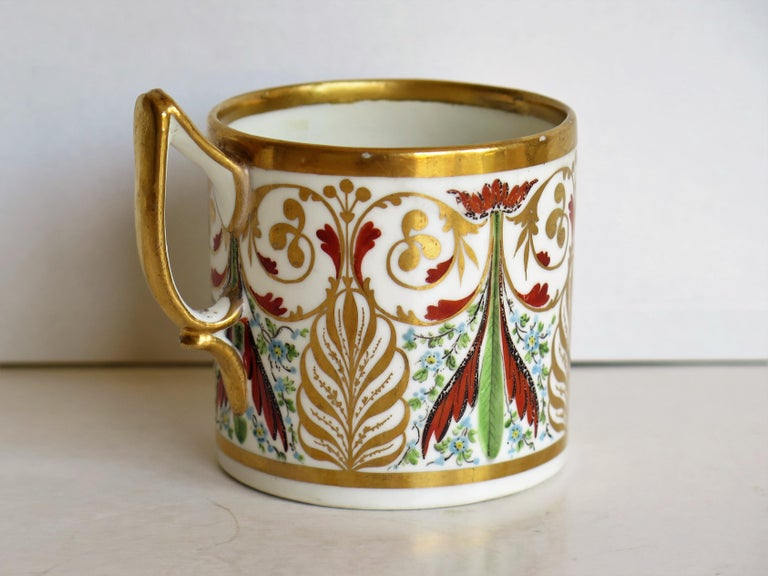 George 111 Derby Porcelain Coffee Can with Rare Ear Handle Hand-Painted In Good Condition For Sale In Lincoln, Lincolnshire