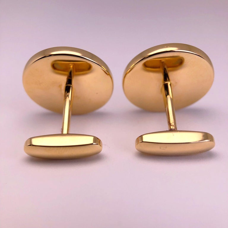 Modern George Gero 18 Karat Gold .44 Carat Ruby and Black Mother of Pearl Cuff Links For Sale