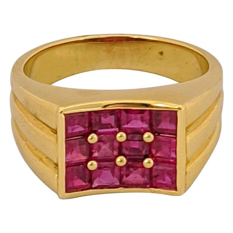George Gero 18 Karat Yellow Gold, 2.90 Carat Ruby Ring For Sale