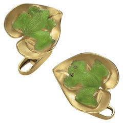 George Gero 18 Karat Yellow Gold and Agate Frog on a Lily Pad Cufflinks