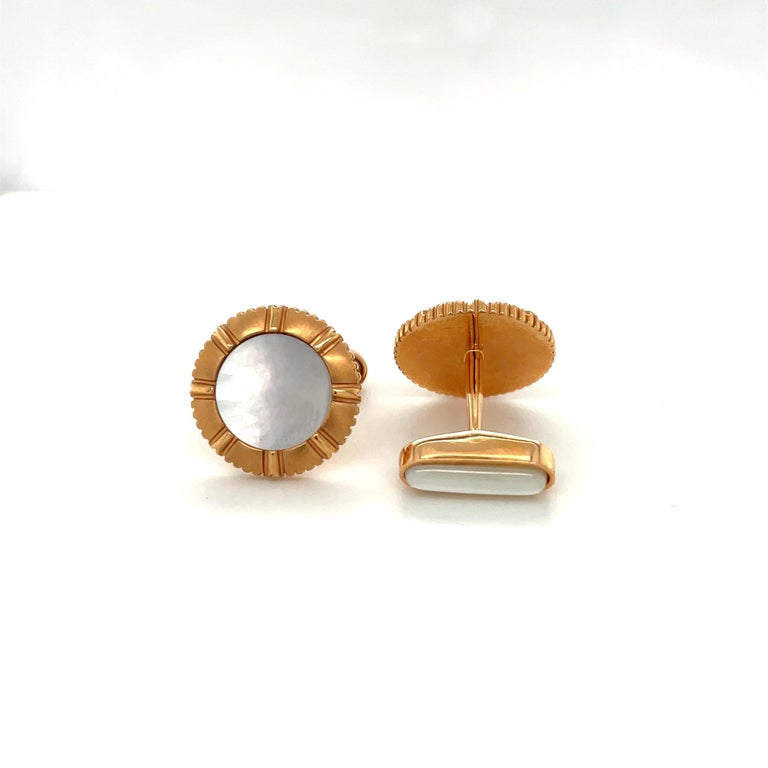 George Gero 18KT Rose Gold & Pinctada Maxima Cuff-Links / Studs Dress Set In New Condition For Sale In New York, NY