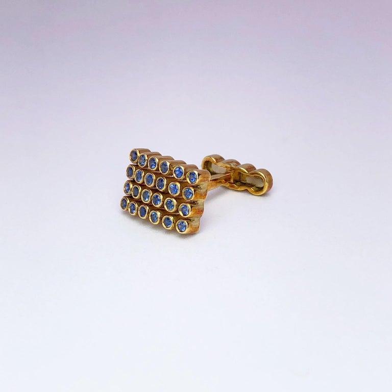 Modern George Gero 18 Karat Gold Rectangular Cufflinks with 1.17 Carat Blue Sapphires For Sale