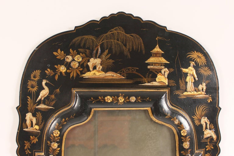 George I Style Black Chinoiserie Decorated Mirror In Good Condition For Sale In Laguna Beach, CA