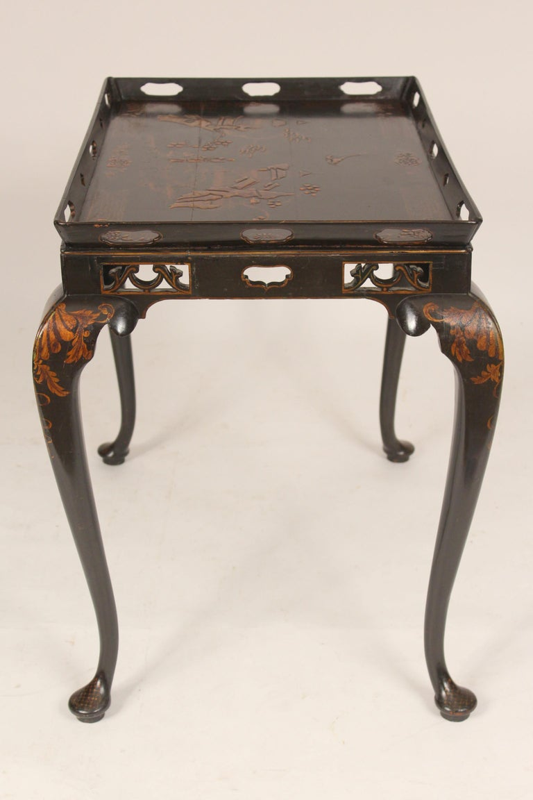 George I Style Black Chinoiserie Decorated Occasional Table In Good Condition For Sale In Laguna Beach, CA