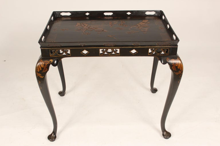 Early 20th Century George I Style Black Chinoiserie Decorated Occasional Table For Sale