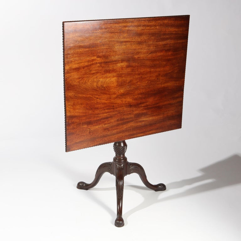 18th Century George II Chippendale Mahogany Tripod Table For Sale
