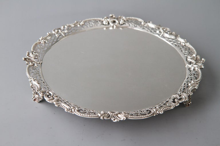 Mid-18th Century George II Huguenot Silver Salver, London 1759 by Samuel Courtauld For Sale