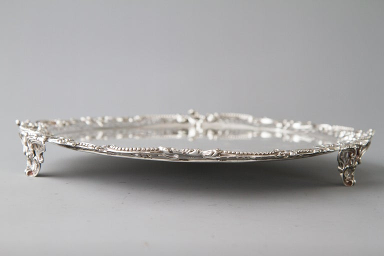 Sterling Silver George II Huguenot Silver Salver, London 1759 by Samuel Courtauld For Sale