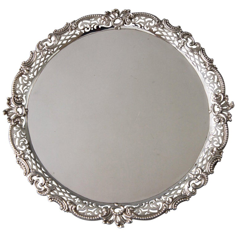 George II Huguenot Silver Salver, London 1759 by Samuel Courtauld For Sale