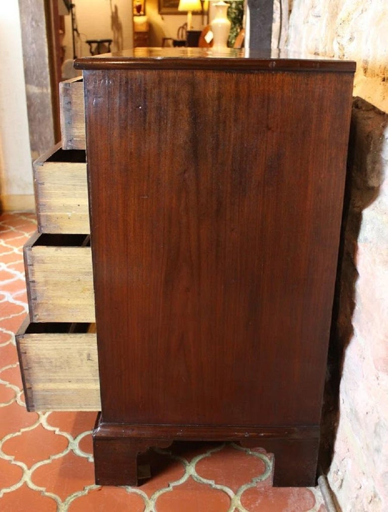 George III Chest of Drawers For Sale 1