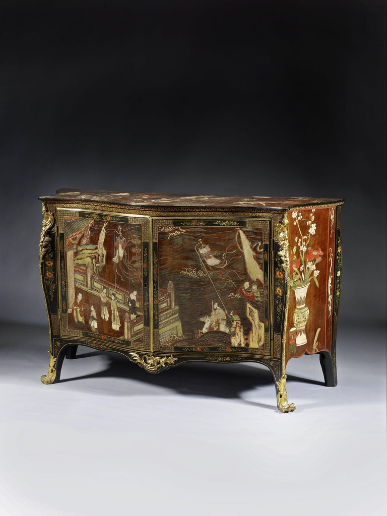 Chinoiserie George III Coromandel Lacquer, Gilt Brass-Mounted Serpentine Commode For Sale