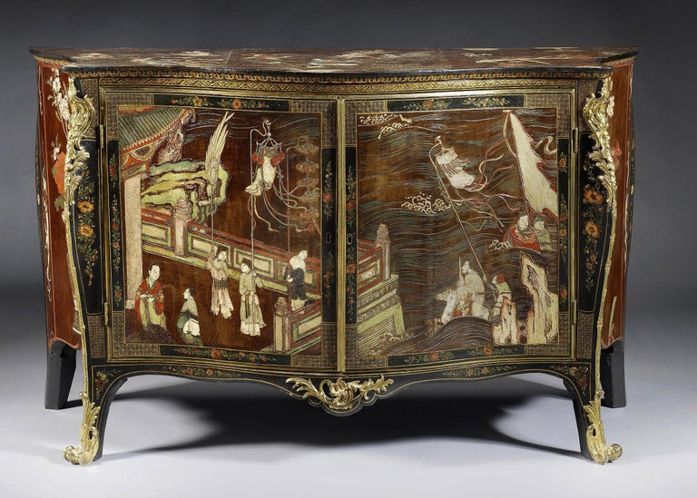 Carved George III Coromandel Lacquer, Gilt Brass-Mounted Serpentine Commode For Sale