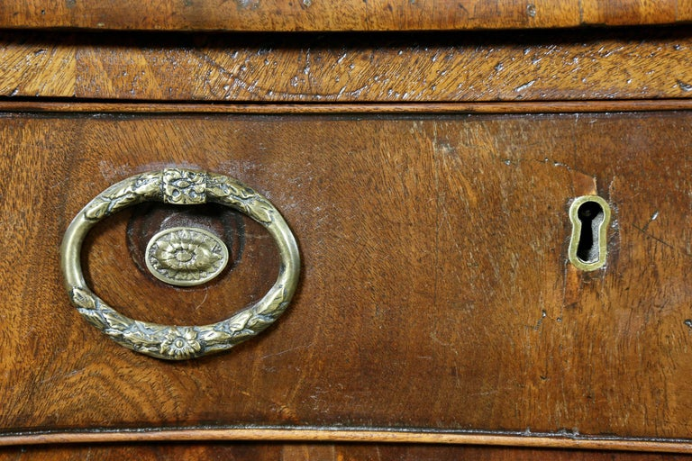 George III Mahogany and Inlaid Sideboard In Good Condition For Sale In Essex, MA