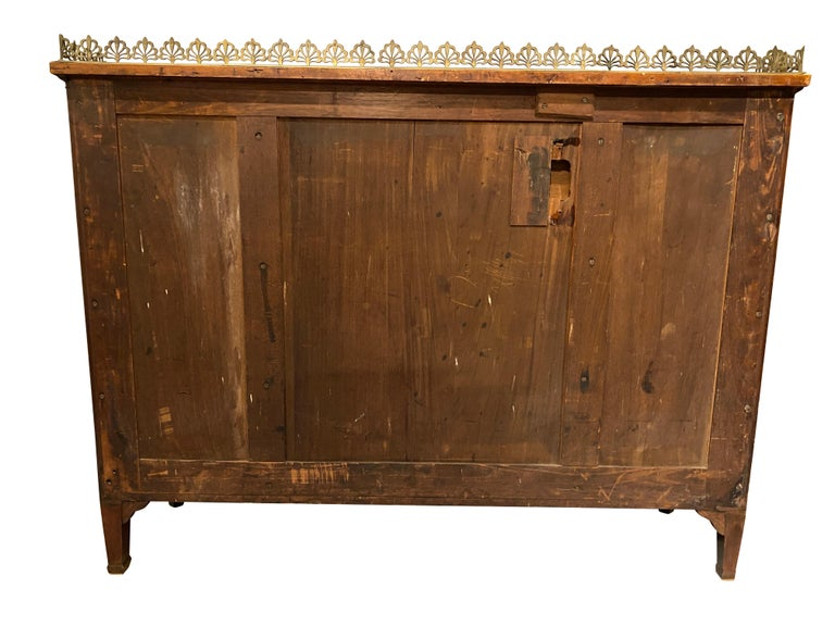 George III Mahogany and Rosewood Credenza For Sale 1