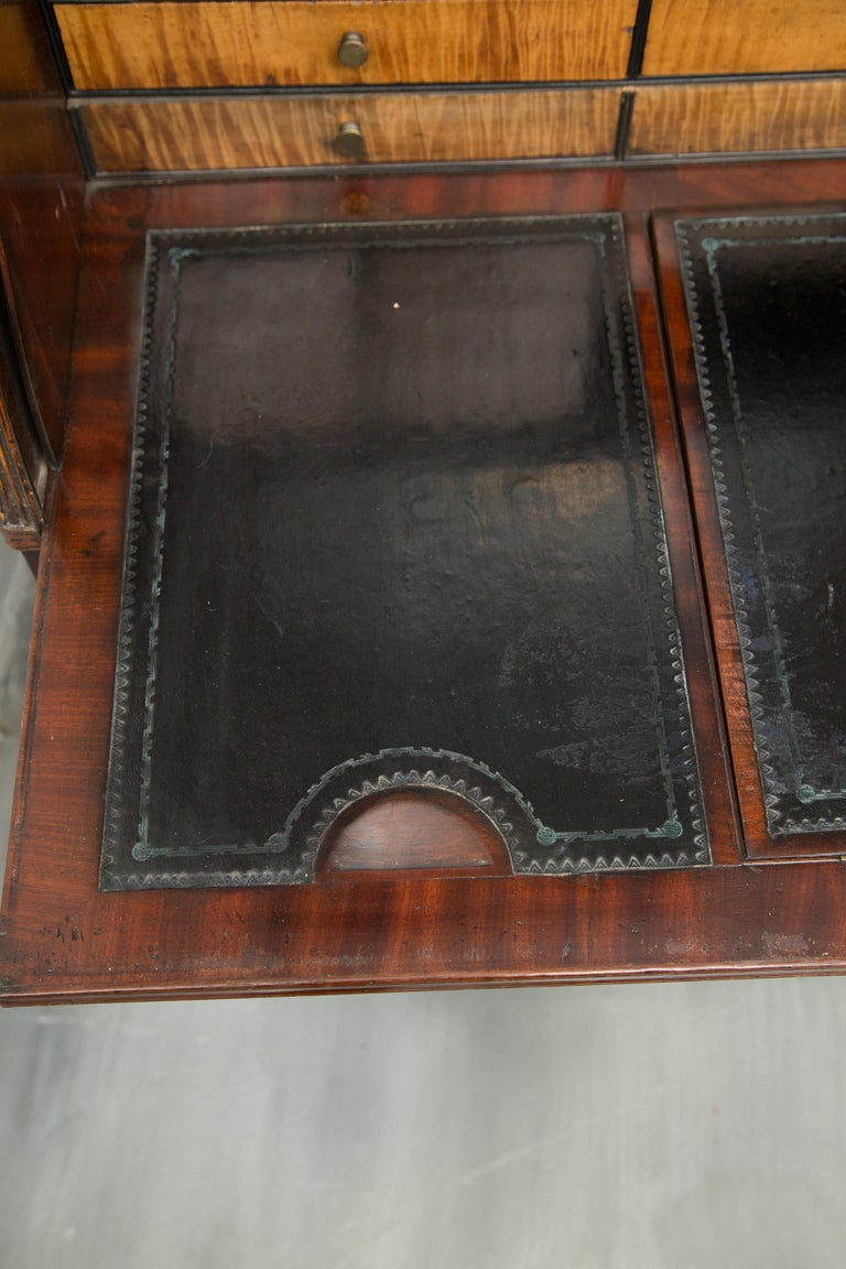 George III Mahogany and Satinwood Secretary Bookcase, 18th Century For Sale 1