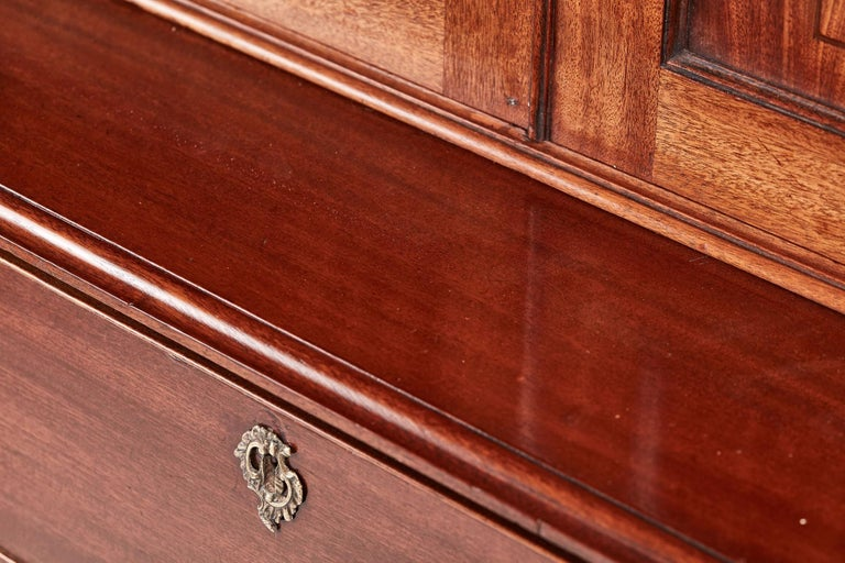 Antique George III Mahogany Blind Door Bookcase on Chest For Sale 2