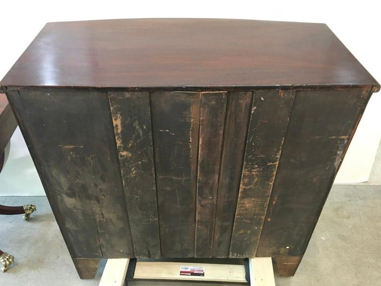 George III Mahogany Bow Front Chest of Drawers For Sale 13