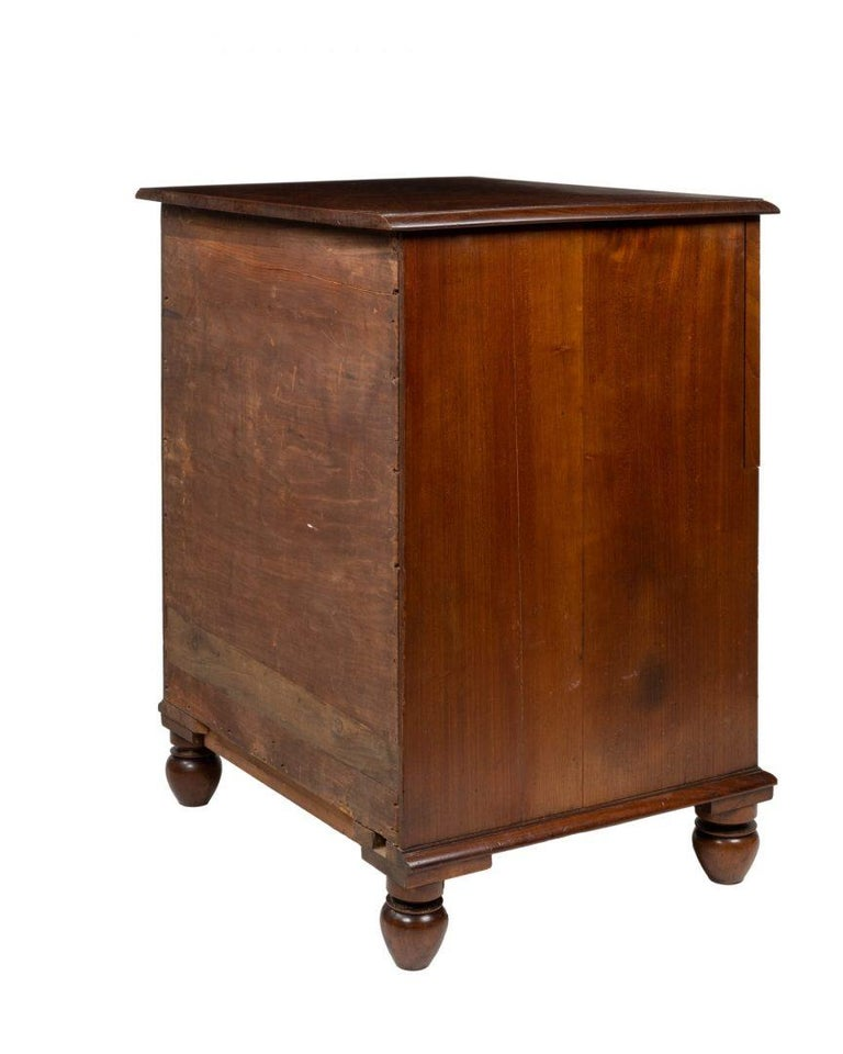 Late 18th Century George III Mahogany Commode / Cellarette Attributed to Gillows For Sale