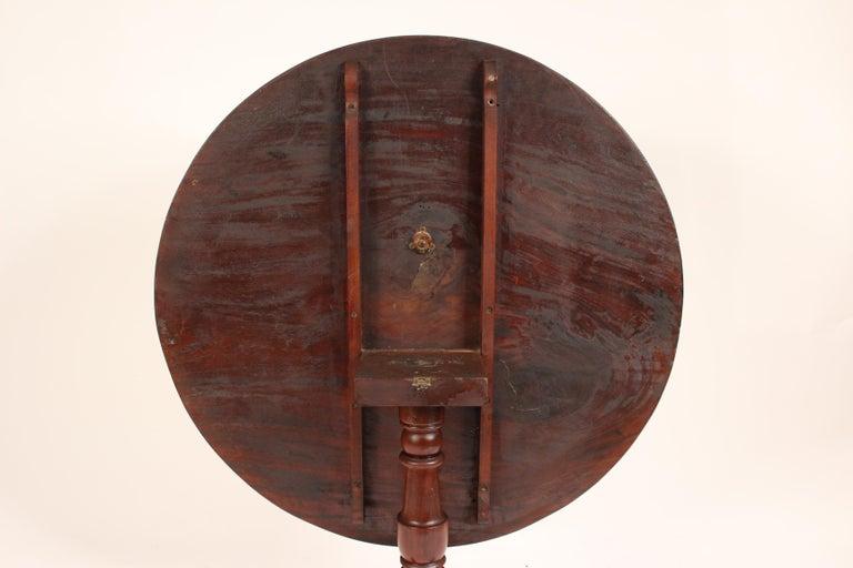 George III Mahogany tilt top table For Sale 5