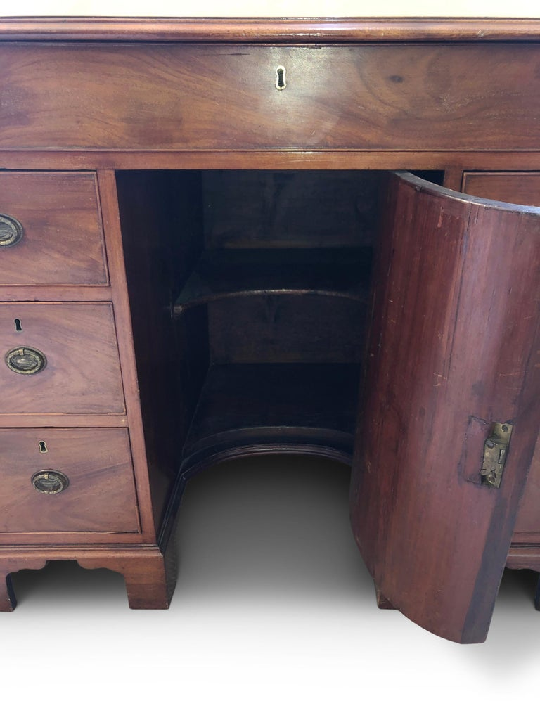 English Kneehole Desk , Mahogany George III For Sale