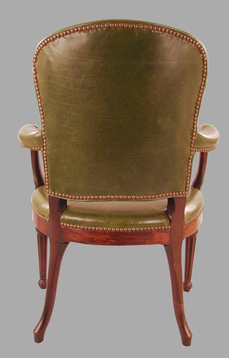 George III Mahogany Open Armchair In Good Condition For Sale In San Francisco, CA