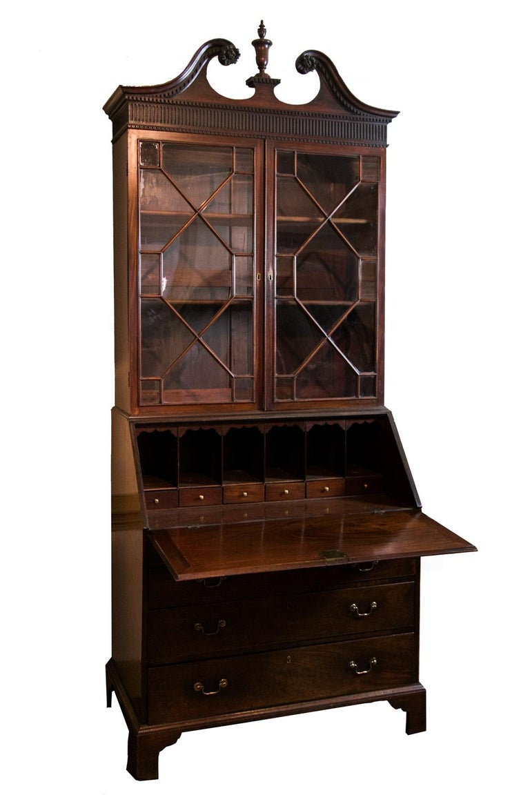 George III Mahogany Secretary In Good Condition For Sale In Wilson, NC