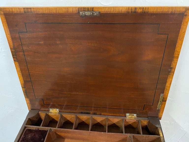 George III Night Table/Sewing Table c.1800 For Sale 7