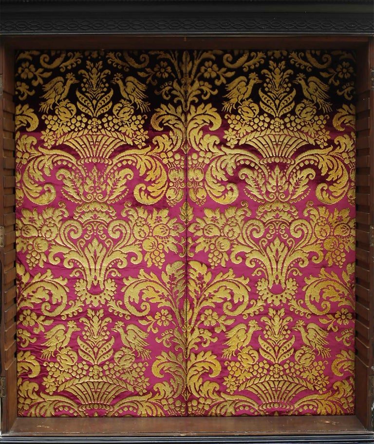 George III Parcel-Gilt Secretary Bookcase In Good Condition For Sale In Brooklyn, NY