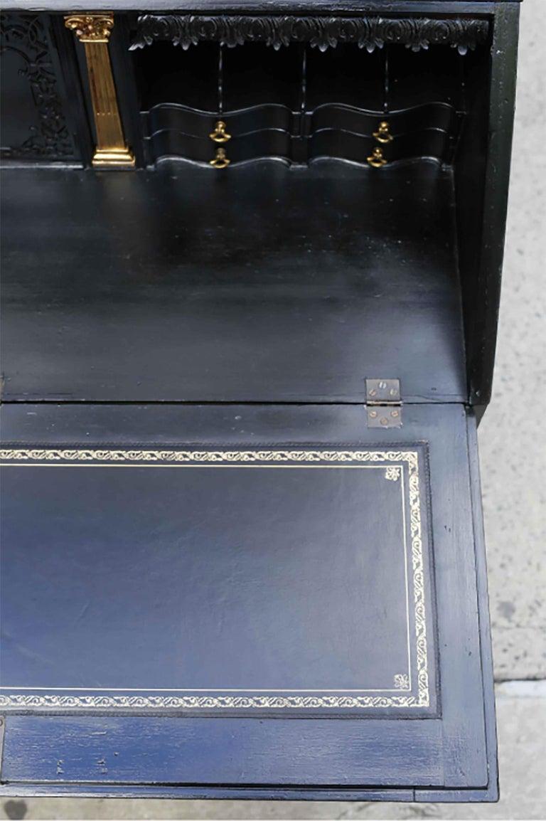 George III Parcel-Gilt Secretary Bookcase For Sale 3