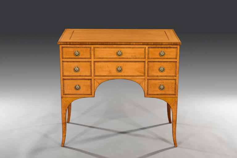 George III Sheraton 18th Century Satinwood Inlaid Secrétaire Dwarf Bookcase In Good Condition For Sale In Bradford on Avon, GB