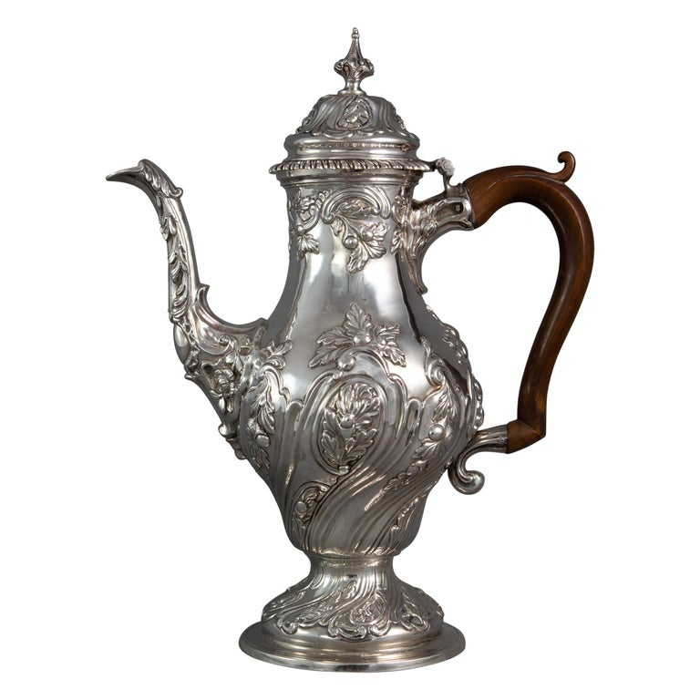 George III Silver Coffee Pot, London 1769 by William Abdy For Sale
