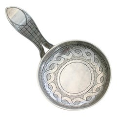 George III Silver 'Frying Pan' Caddy Spoon by William Pugh 1809