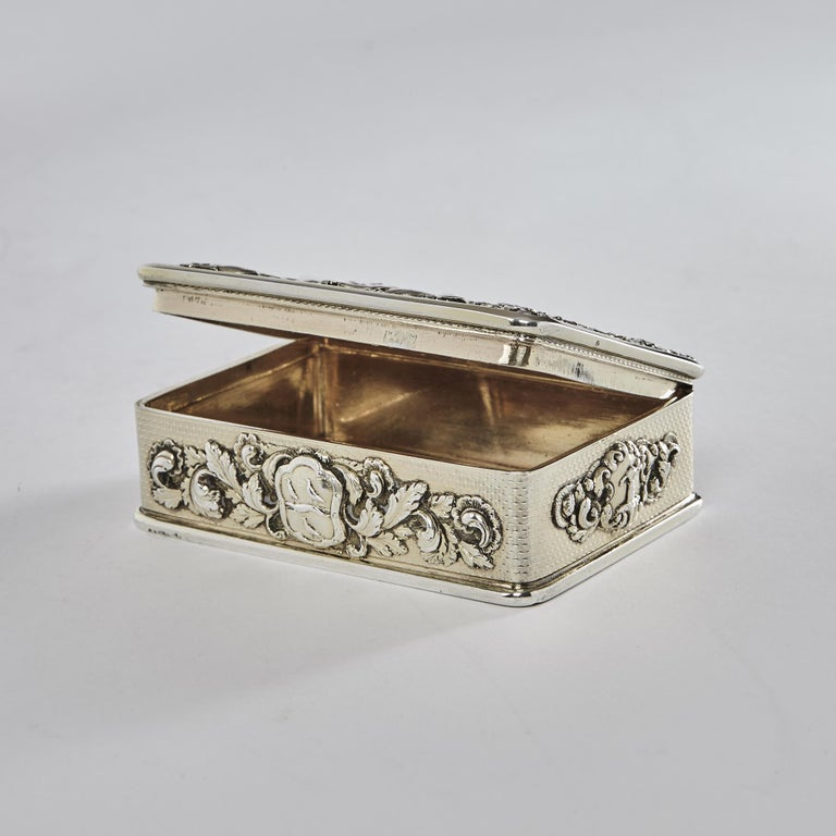 English George III Silver Gilt Snuff Box with Hunting Scene For Sale