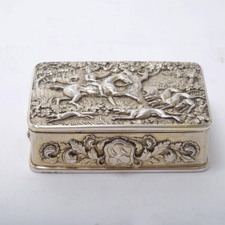 George III Silver Gilt Snuff Box with Hunting Scene For Sale 1