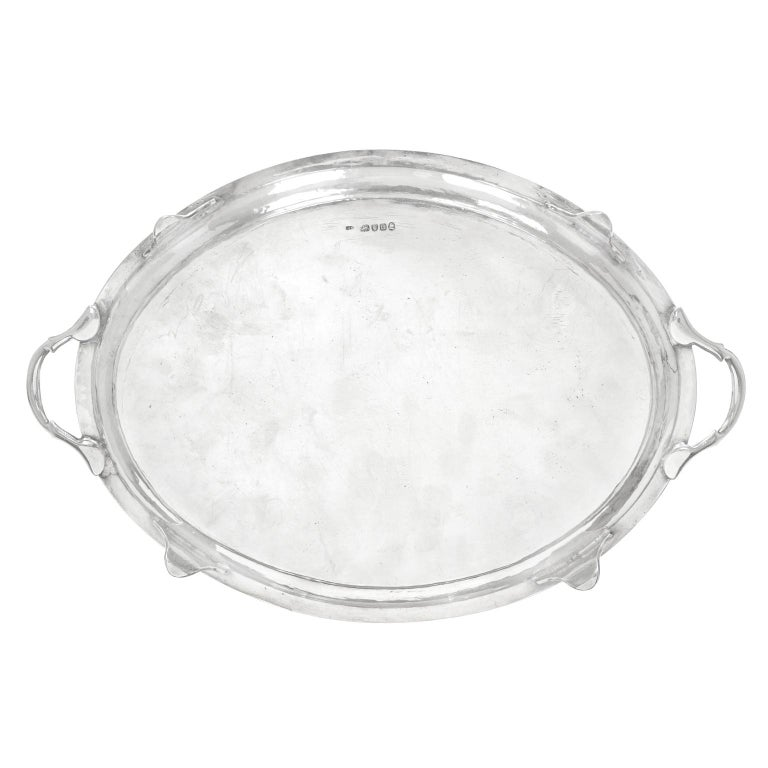 George III Sterling Silver Footed Oval Tray, London, 1803-1804 In Good Condition For Sale In Litchfield, CT