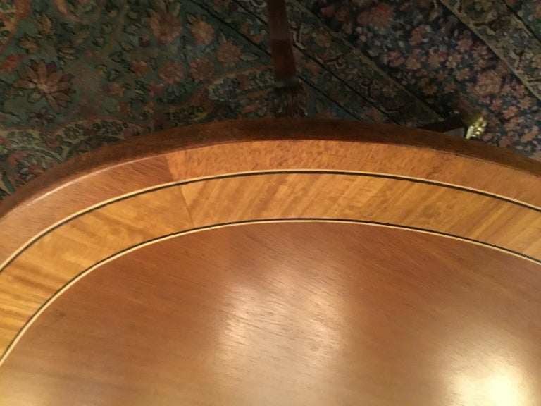 George III-Style Mahogany Dining Table, Banded and Rounded Rectangular Top In Good Condition For Sale In Houston, TX