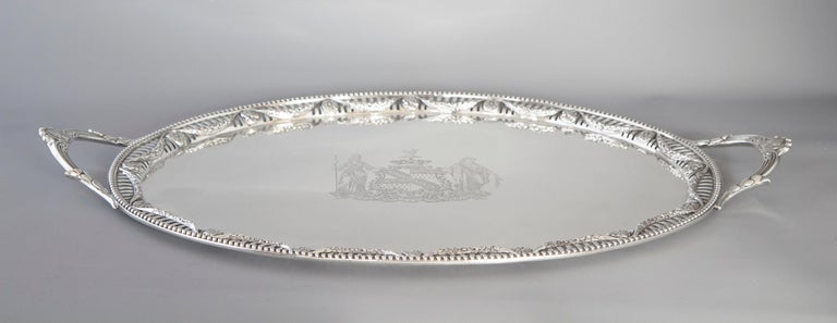 George III Two Handled Silver Tray, London, 1816 by Joseph Angell In Excellent Condition For Sale In Cornwall, GB