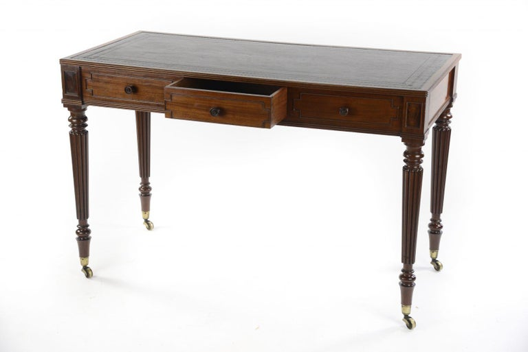 Mid-19th Century George IV Gillows Mahogany Writing Table For Sale