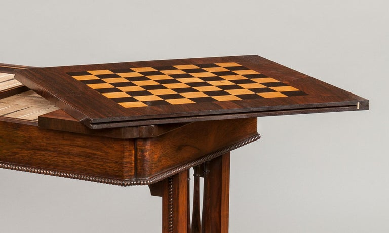 George IV Period Games Table Attributed to Gillows of Lancaster In Excellent Condition For Sale In London, GB