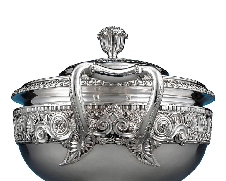Georgian George IV Silver Tureen by Paul Storr  For Sale