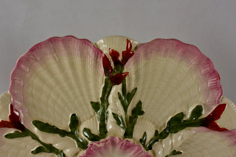 Aesthetic Movement George Jones English Majolica Seaweed and Shells Pattern Oyster Plate For Sale