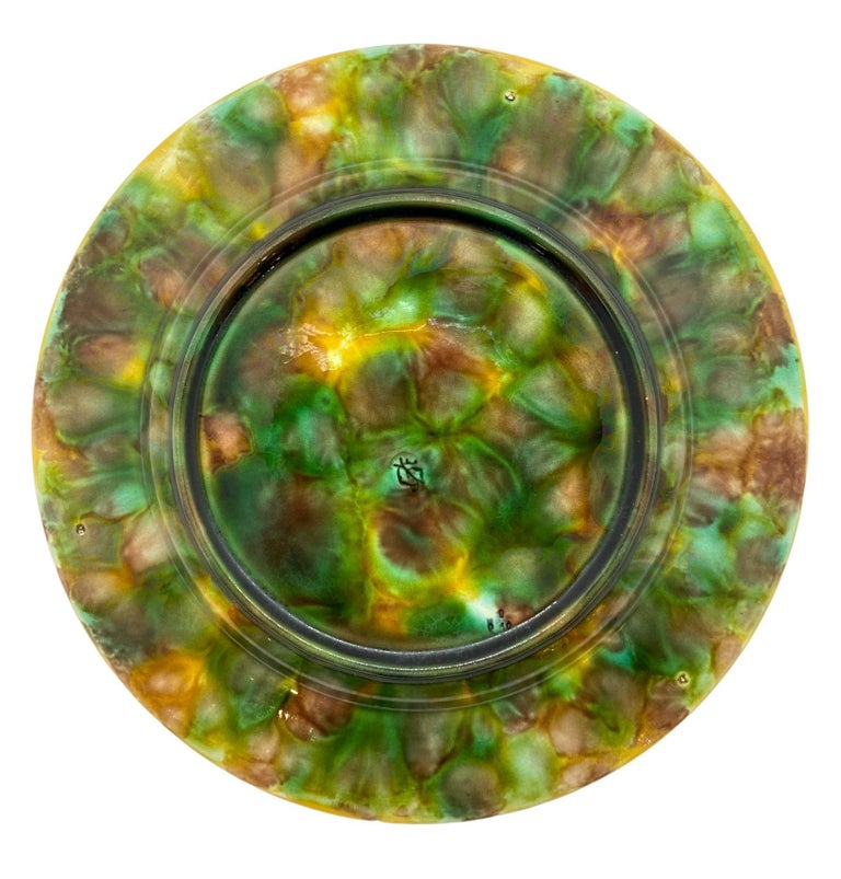 George Jones Majolica Plate with Mottled Center, Green Leaves on Turquoise In Good Condition For Sale In Banner Elk, NC