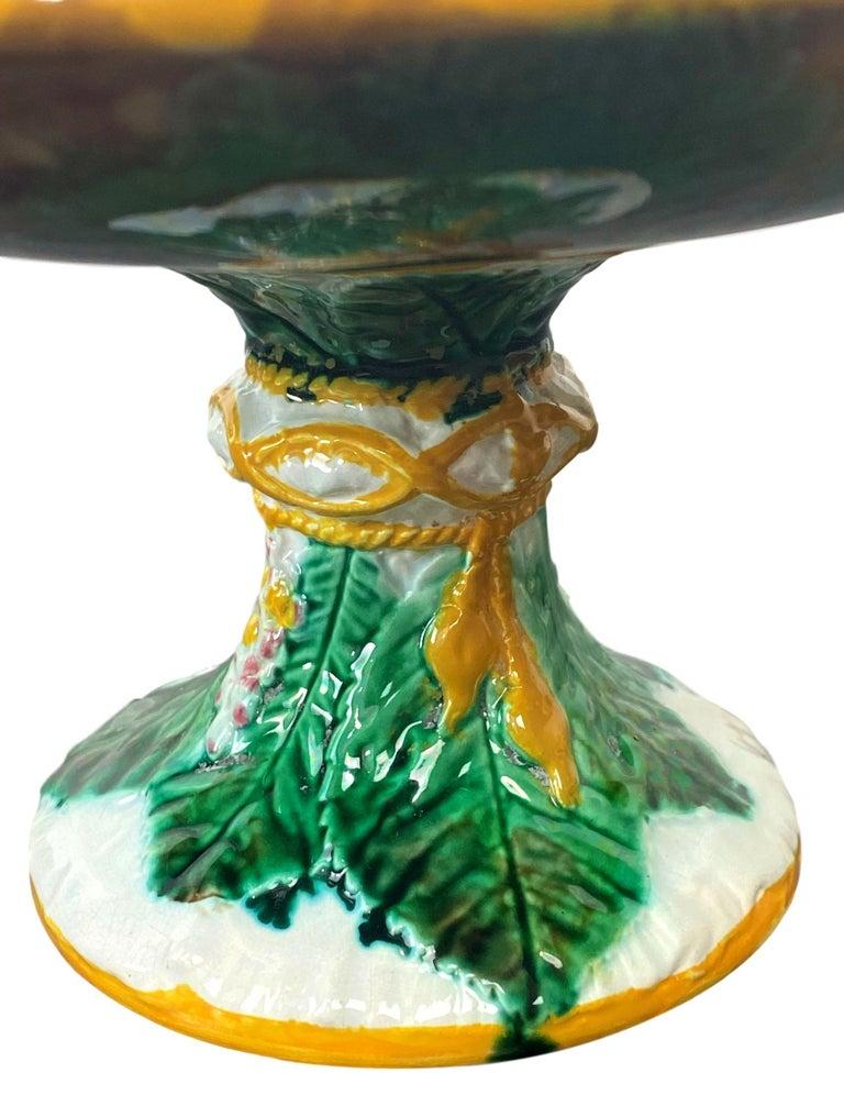George Jones Majolica Comport, Horse Chestnut Leaf on Napkin, English For Sale 2